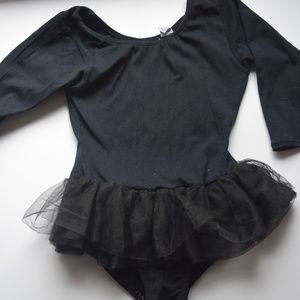 2d8a1858efc0 Jacques Moret Costumes